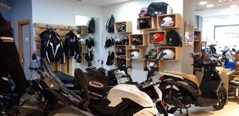 Tienda Accesorios moto Valencia 01